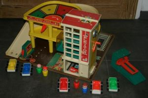 930-fisher-price-garage