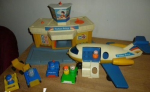 933-fisher-price-jetport