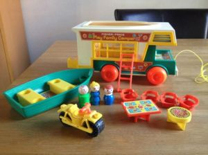 994-fisher-price-camper-03
