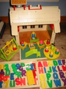 fisherprice-school